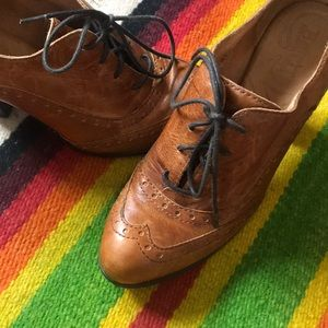 *FLASH SALE* Born Leather Oxford Ankle Boots